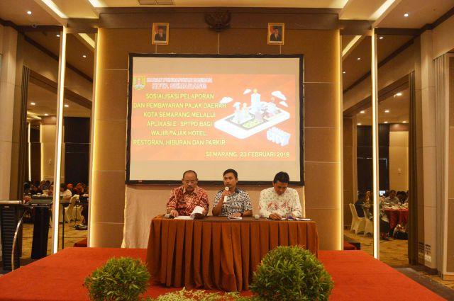 Sosialisasi Pelaporan dan Pembayaran Pajak Daerah Melalui Aplikasi E-SPTPD